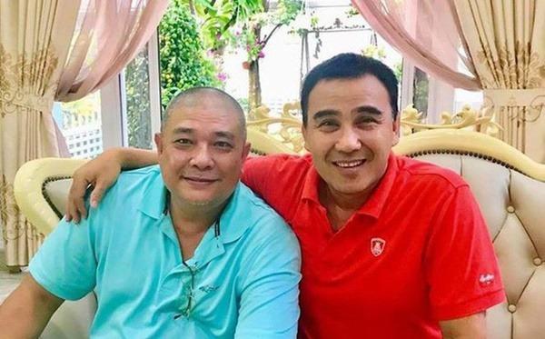 Quyền Linh (trái) và diễn viên Lê Tuấn Anh (phải). Ảnh: F,B.