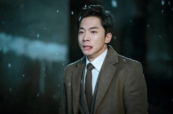 Vai Jung Man Bok - chuyên gia nghe lén của quân đội Triều Tiên doKim Young Min đóng.