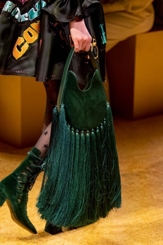 Những kiểu túi được lăng xê ở New York Fashion Week