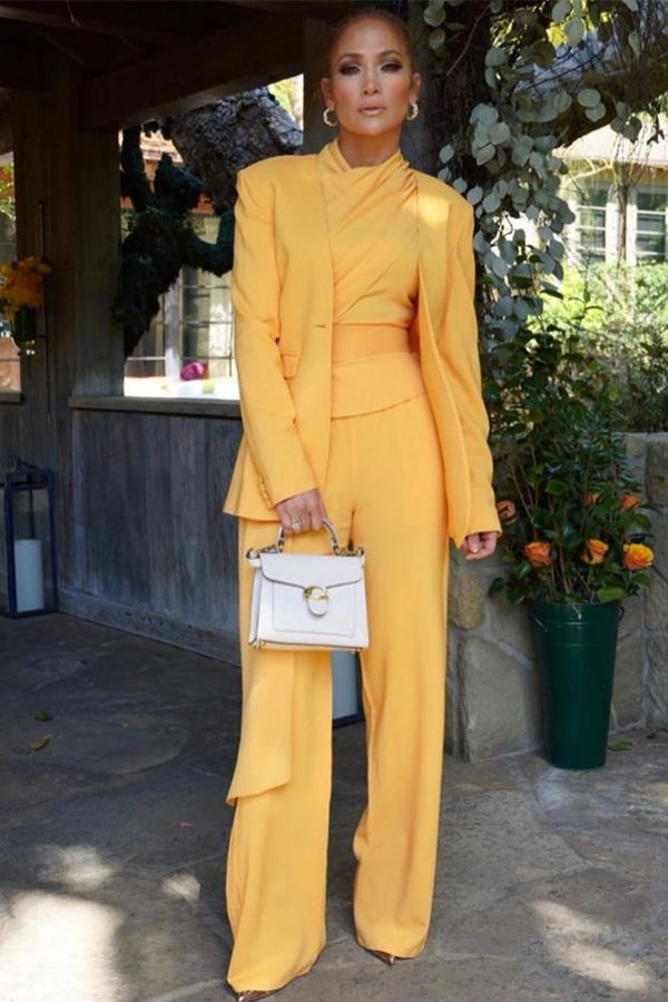 Celine Dion mặc đẹp với street style