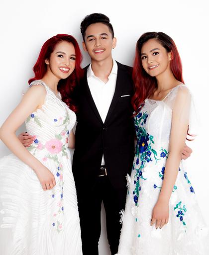 Ba con của hoa hậu Diệu Hoa (từ trái sang): Diệu Ly, Hoàng Phi và Diệu My. Ảnh: Diệu Hoa.