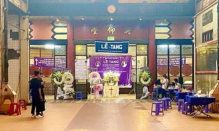 Lễ viếng Mai Phương diễn ra ở Nhà tang lễ bệnh viện quận 5, TP HCM. Ảnh: Facebook.