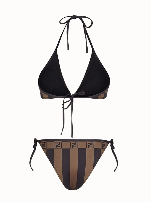 Bốnmẫu bikini - 12