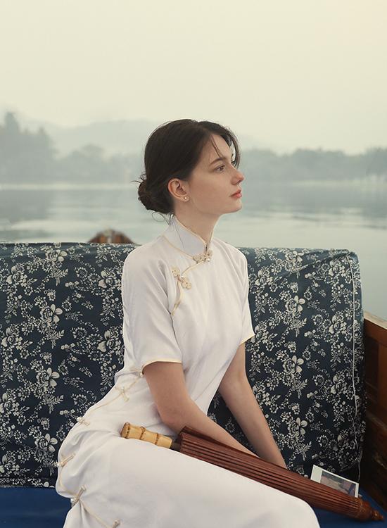 Mỹ nhân Đông Âu làm người mẫu ở Trung Quốc