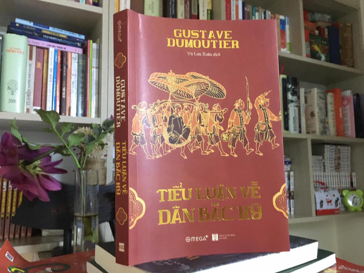 Bìa sách do Nhà xuất bản Hà Nội phát hành. Ảnh: Tiên Long.